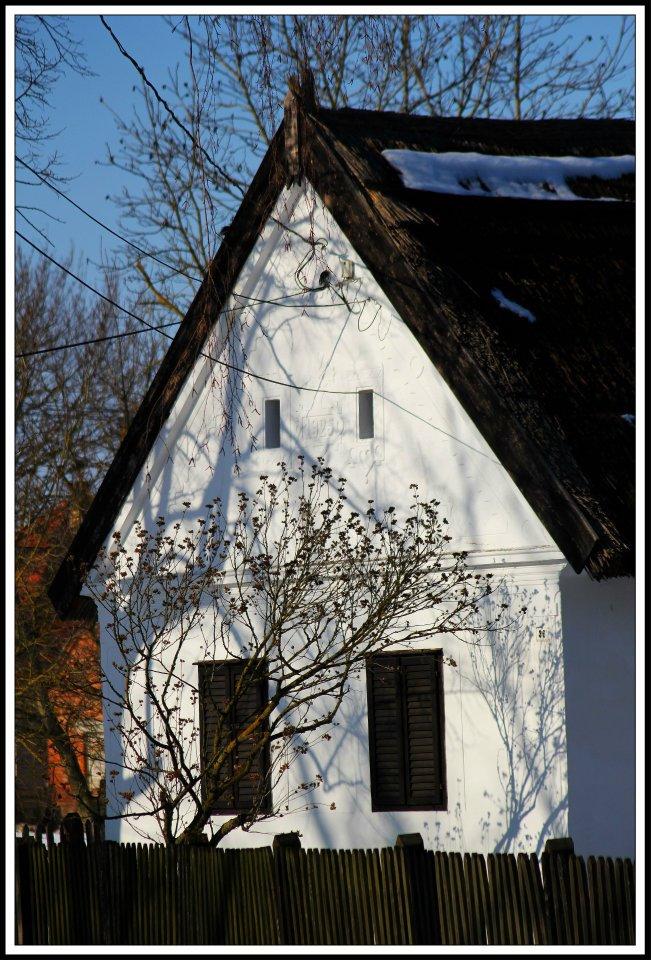 nádtetős ház